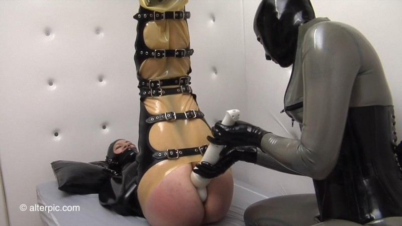 Rubber Bondage – Anna Rose, Charlotte Brooke. Oct 08 2016. AlterPic.com (533 Mb)