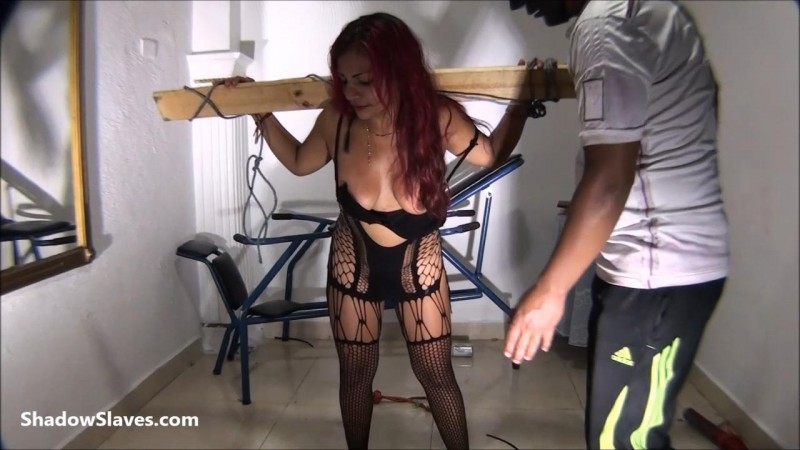 Slavegirl Reina – Reinas Submission. Shadowslaves.com (4230 Mb)