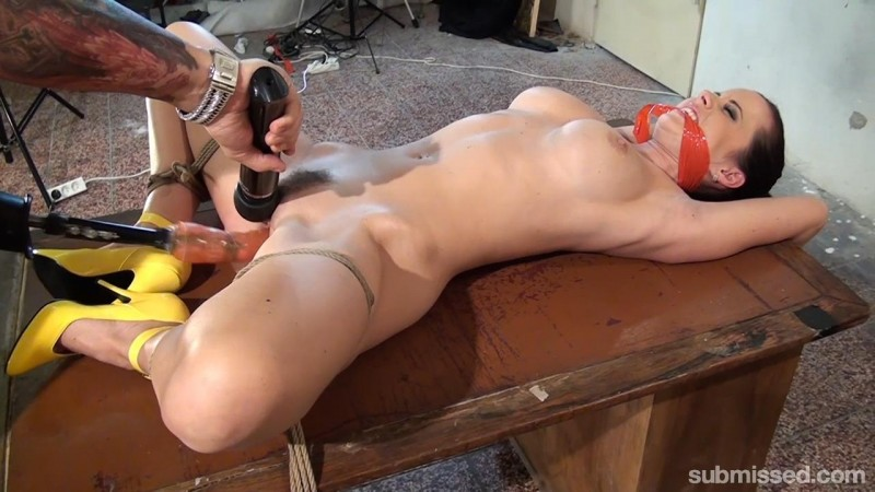 Cindy Bound, Gagged, and Machine-Fucked – Cindy Dollar. MachineDom.com (526 Mb)