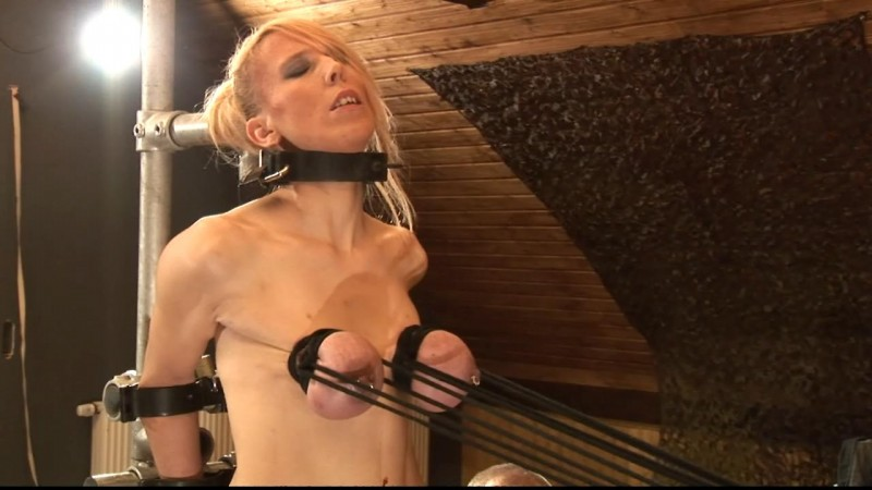 Extremely stretched Tits for Titslave Eva (bip089). Jul 21 2018. Breastsinpain.com (666 Mb)