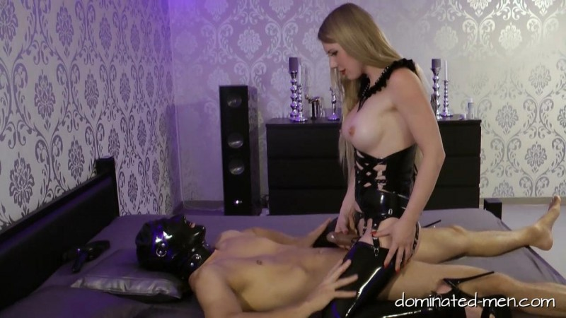 Lady Estelle – He thought he could Fuck. Dominated-men.com (447 Mb)
