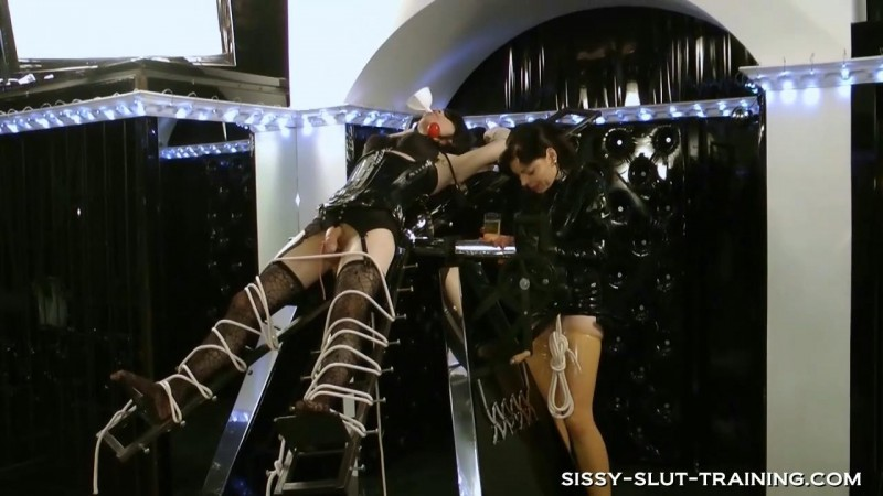 Sissy used as Toilet. Sissy-slut-training.com (451 Mb)