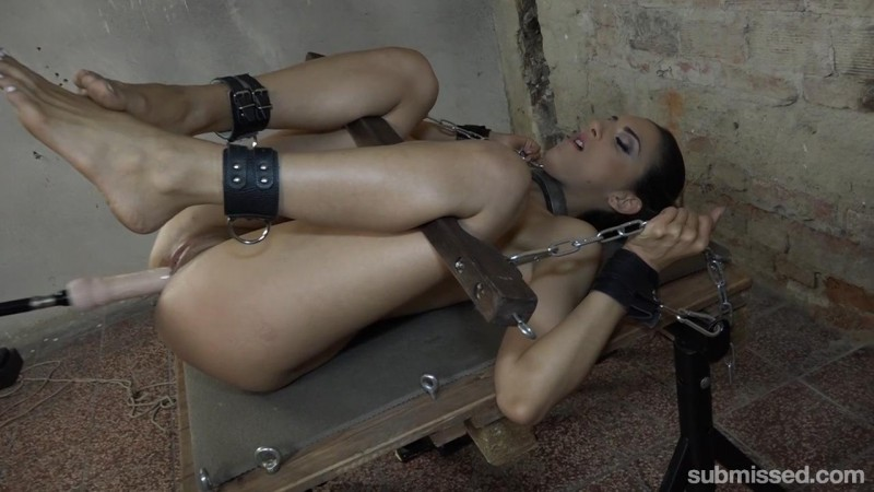 Submissive Brunette Whore gets Machine Fucked – Miki Love. MachineDom.com (674 Mb)