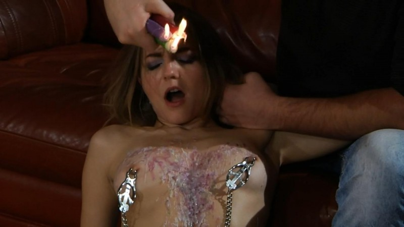 A little of attention – Slave Oo and Master Nick. Slavesinlove.com (1157 Mb)