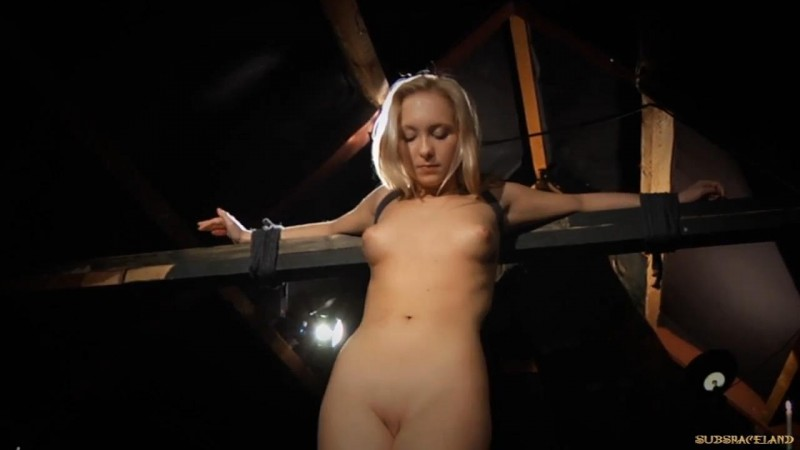 Blonde Submission – Lianna. SubSpaceLand.com (133 Mb)