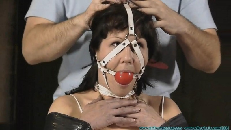 I Pet, Tape, Gag, and Excercise for My Safa Pet. Futilestruggles.com (701 Mb)