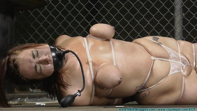 Riley Jane Ziptied. Futilestruggles.com (1083 Mb)
