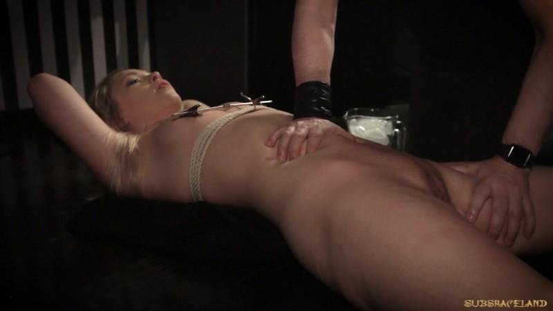 Her milf open pussy spread wide