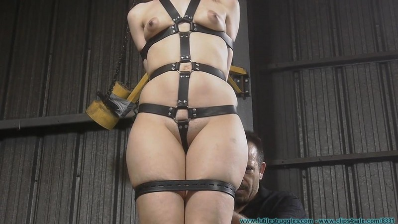 Tight Leather Bondage for Rachel. Futilestruggles.com (1079 Mb)
