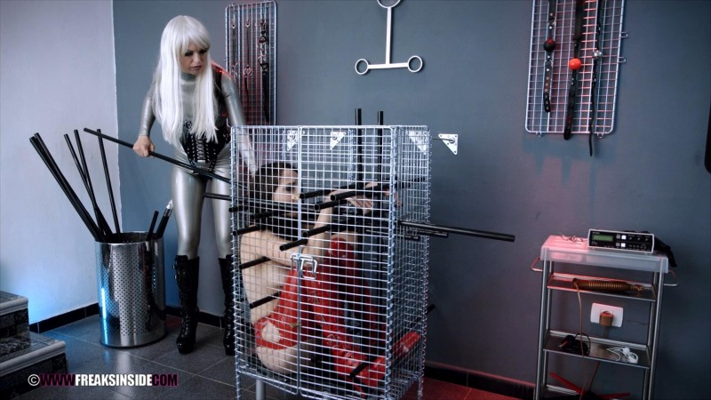 Encased Bondage – Venus Black And Liz Rainbow Part Three (Clip356). Feb 13 2018. Freaksinside.com (799 Mb)