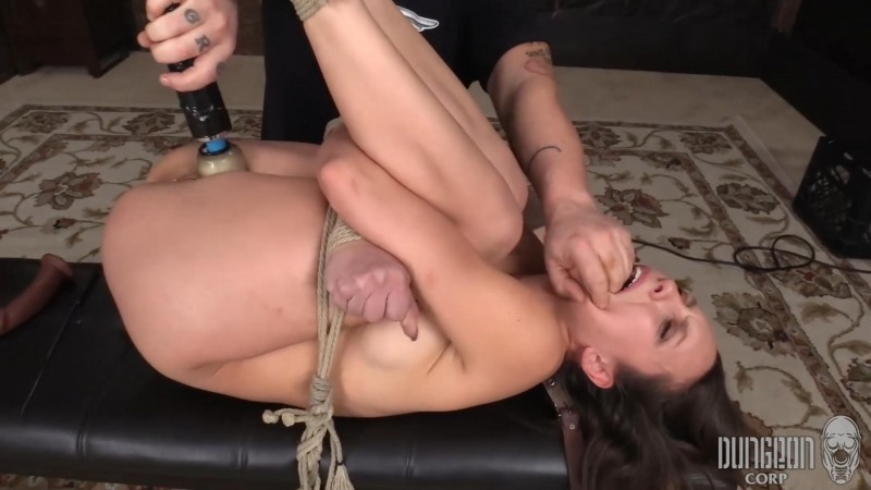 Breaking her for Beauty – Jade Nile. Dungeoncorp.com (1522 Mb)