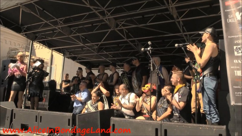 Folsom Street Fair – Presentation Of The Title Holders. Nov 13 2018. AliceInBondageLand.com (897 Mb)