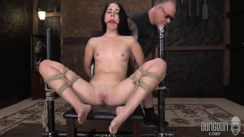 The Helplessness of the Ropes – Bambi Black. Dungeoncorp.com (1645 Mb)