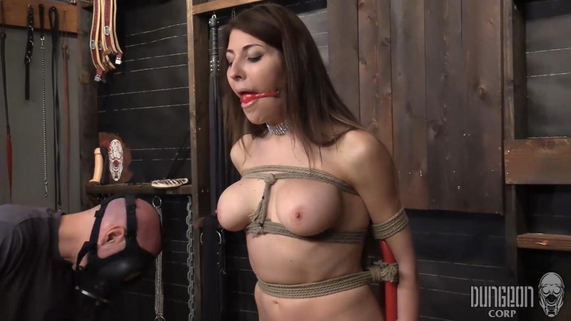 Bad Attitude Needs Bondage – Agatha Delish. Dungeoncorp.com (782 Mb)
