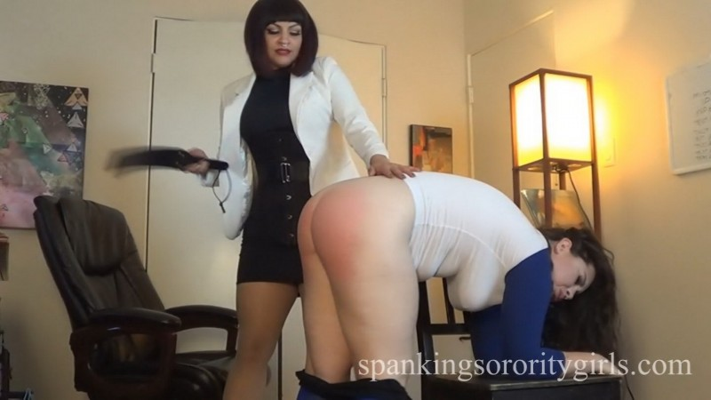 Miss Bettie Spanks Hannah for Grades – Bettie Bondage, Hannah Hunt, Episode 162. SpankingsororityGirls.com (248 Mb)