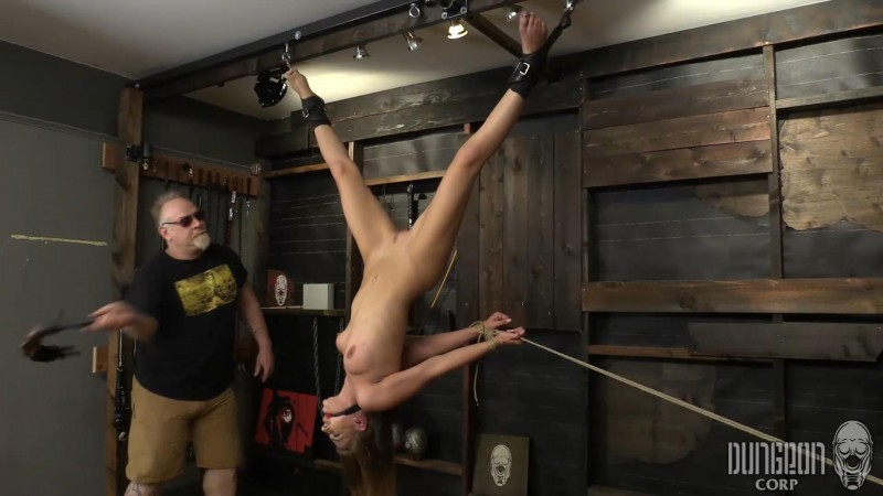 So Sexy in Bondage – Sydney Cole. Dungeoncorp.com (949 Mb)