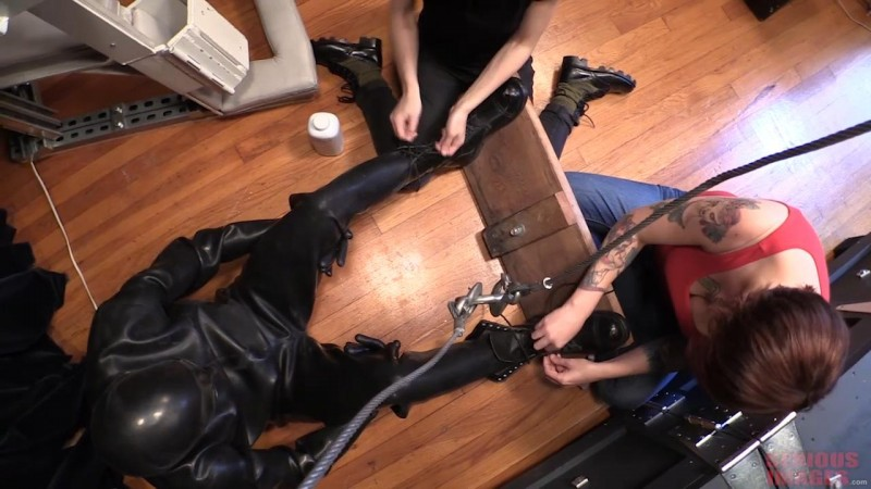 Heavy Rubber Bliss (R886). Dec 29 2018 Seriousimages.com (744 Mb)