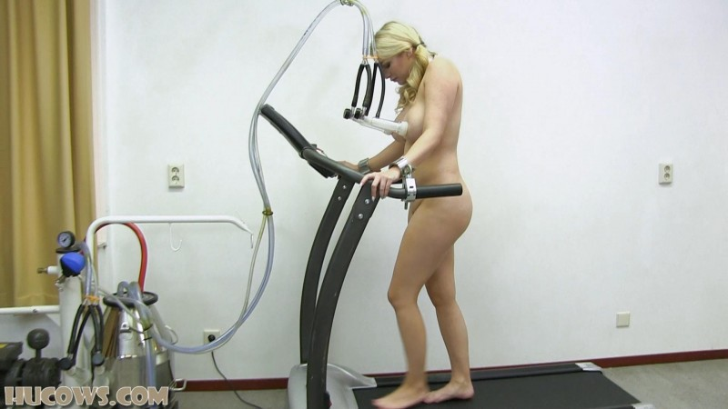 Penny Lee – treadmill (hu176). May 12 2018. HuCows.com (768 Mb)