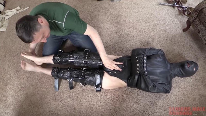 Straitjacket Tests (R883). Jan 14 2019. Seriousmalebondage.com (1250 Mb)
