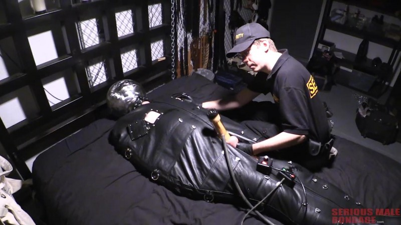 Fun Times At Edge Dungeon - Part 8 (R893). Mar 02 2019 Seriousmalebondage.com (512 Mb)