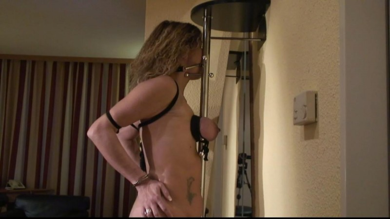 Hotelroom Torture for Slave Sylvie (tx339). Oct 14 2017. Toaxxx.com (585 Mb)