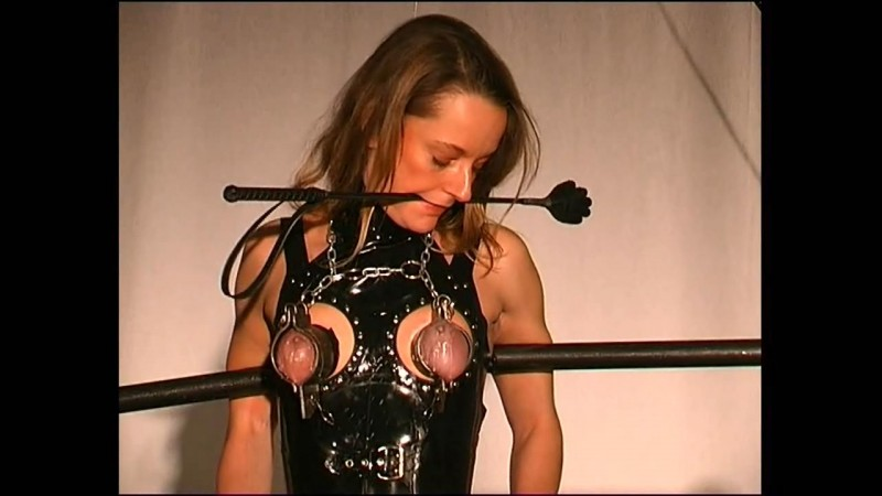 Rubber and Steel Punishment for Slave Doris (tx344). Nov 18 2017. Toaxxx.com (701 Mb)