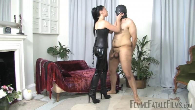 Punishment Busting – Featuring Lady Sophia Black. 07 Dec 2018. Femmefatalefilms.com (676 Mb)