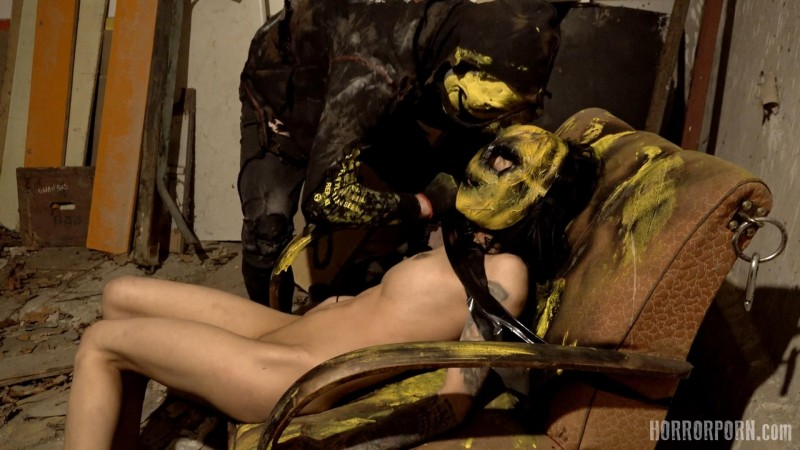 Masked Psycho. Horrorporn.com (516 Mb)