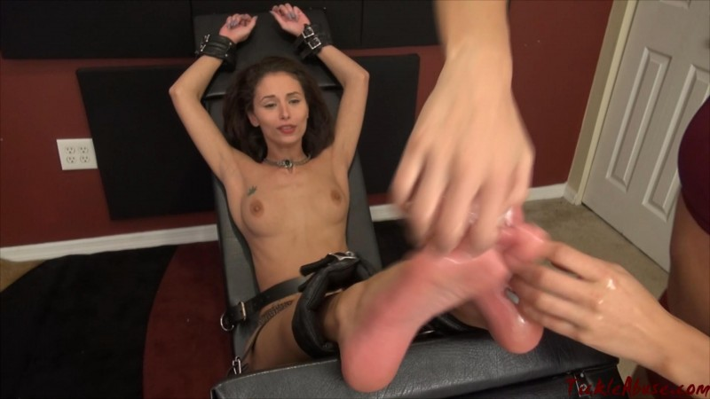 Ari Topless Soles Up. TickleAbuse.com (580 Mb)
