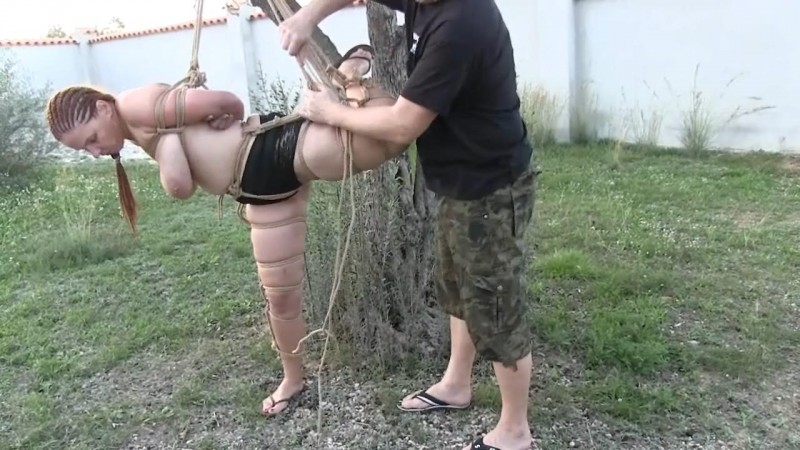 Bettine – Hanging From Another Tree (Tx419). Feb 05 2019. Toaxxx.com (382 Mb)