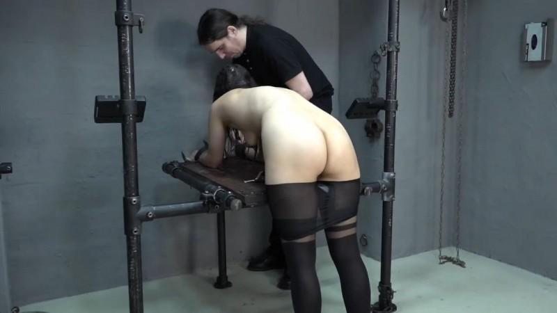 Aijana gets punished. 2017-12-24. Amateure-Xtreme.com (48 Mb)