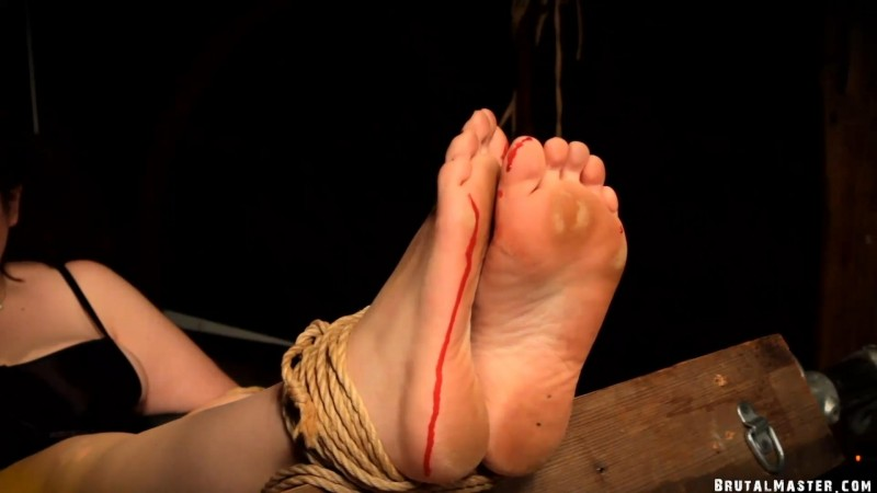 Bloody Feet – Slave Cow. 12 Oct 2019. BrutalMaster.com (186 Mb)