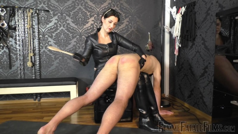 Used & Milked Dry – Lady Victoria Valente. 17 Jun 2019. femmefatalefilms.com (1249 Mb)