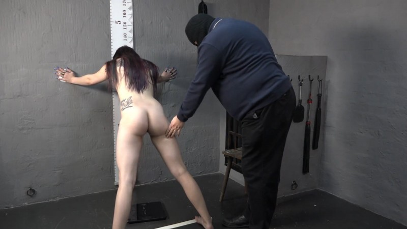 Fucking in the cellar – Doreen. 2019-12-20. Amateure-Xtreme.com (305 Mb)