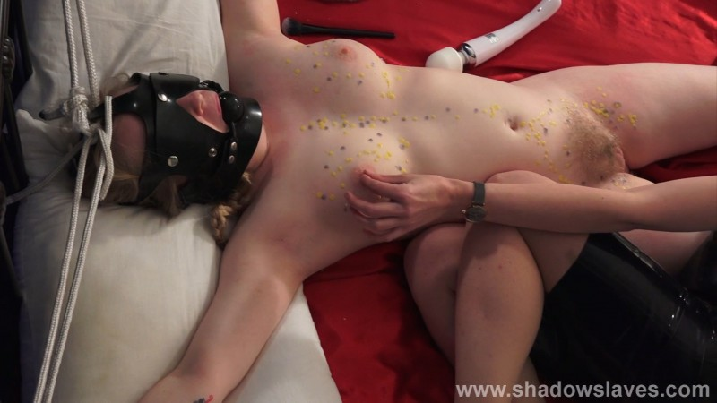 Slave Satine Sparks - In Bed With Satine. Shadowslaves.com (3411 Mb)