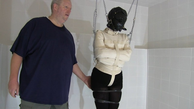 Straightjacket Punishment for Tattoed Momo (tx475). Feb 04 2020. Toaxxx.com (464 Mb)