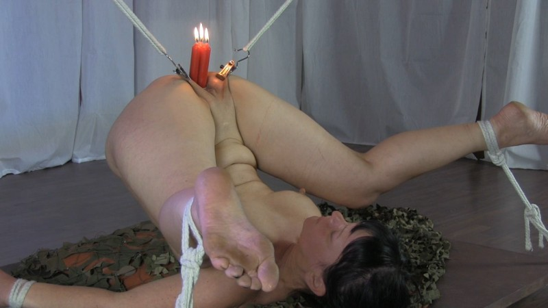 Christmas - Candles – Bondage. Yvette-Xtreme.com (498 Mb)