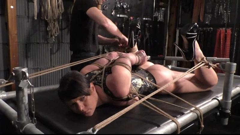 Extreme Hogtie Challenge from Sasori. Yvette-Xtreme.com (402 Mb)