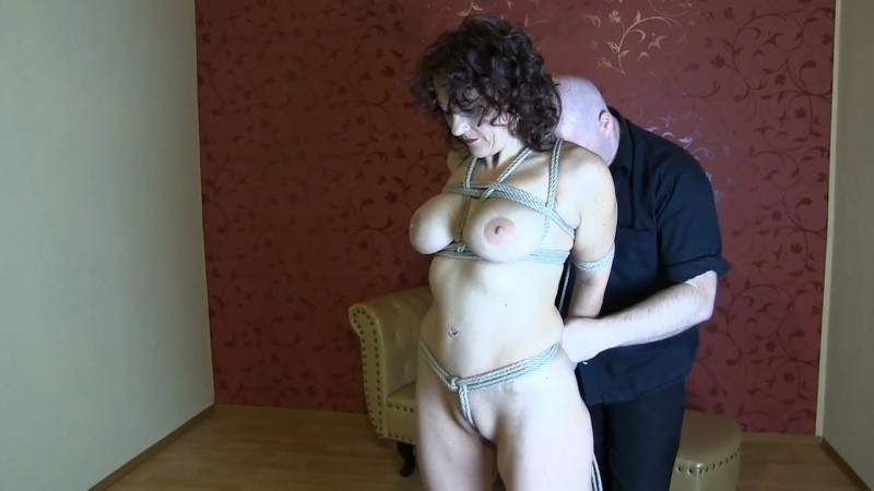 Kyria - first time. 2017-11-22. Studio-Costeau.com (396 Mb)