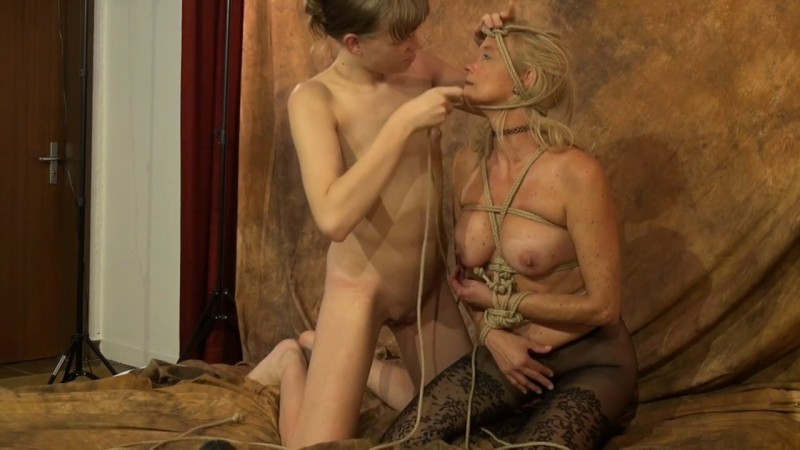 Shibari for the milf. Studio-Costeau.com (282 Mb)