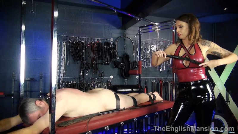 Racked & Whipped - Mistress Sarah Jessica. Theenglishmansion.com (565 Mb)