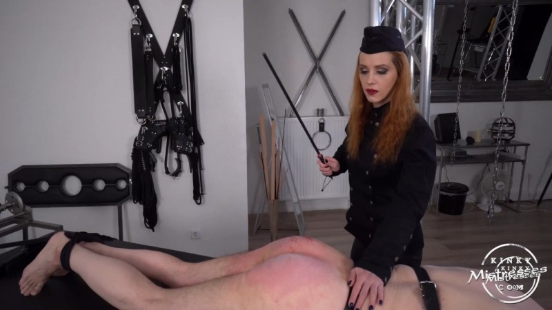 A Corporal Punishment Session - Chloe Savage. Kinkymistresses.com (585 Mb)