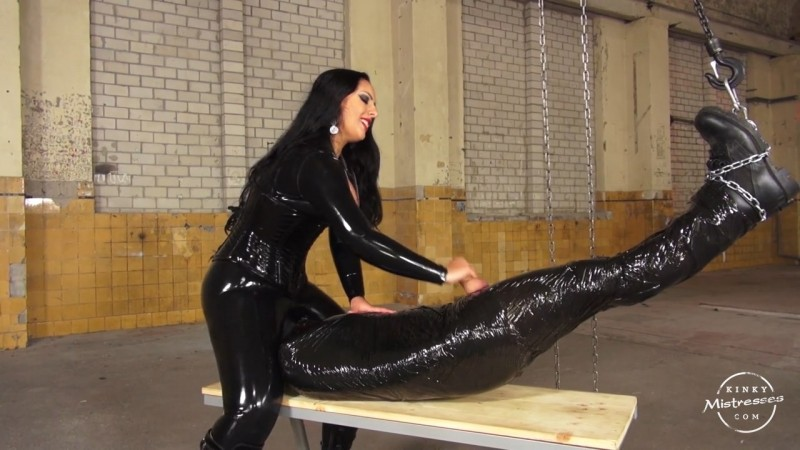 Used In Clingfilm By Mistress Ezada Sinn. Kinkymistresses.com (279 Mb)