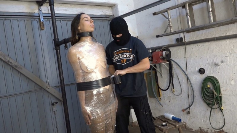Mummified with an electro egg in the vagina - Aiyana. 2020-09-08. Amateure-Xtreme.com (590 Mb)