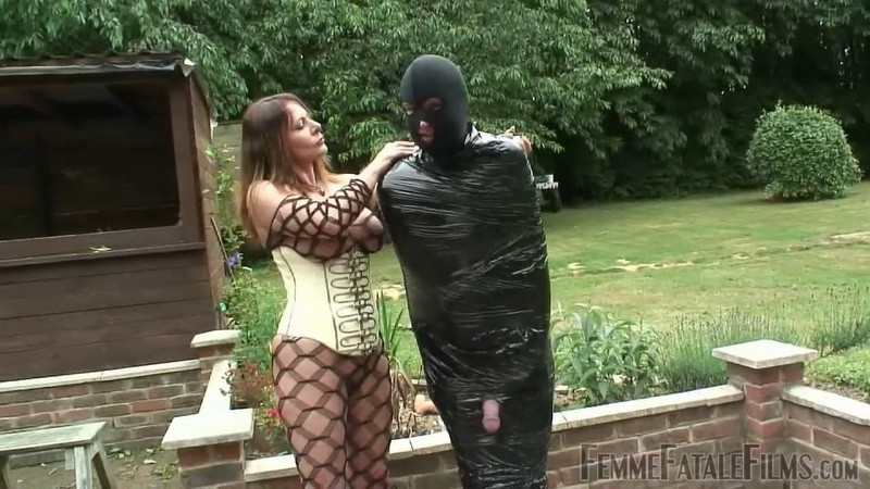 Carly's Garden Sex Slave - Mistress Carly. 5th Jun 2020. Femmefatalefilms.com (327 Mb)