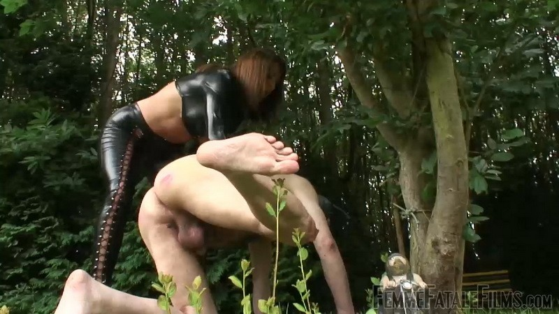 Dirty Pet Slave - Mistress Carly. 15th Aug 2020. Femmefatalefilms.com (172 Mb)