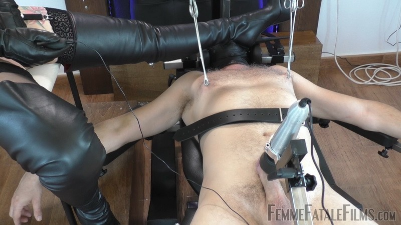 Making Me Wet - Mistress Heather. 9th Jul 2020. Femmefatalefilms.com (715 Mb)