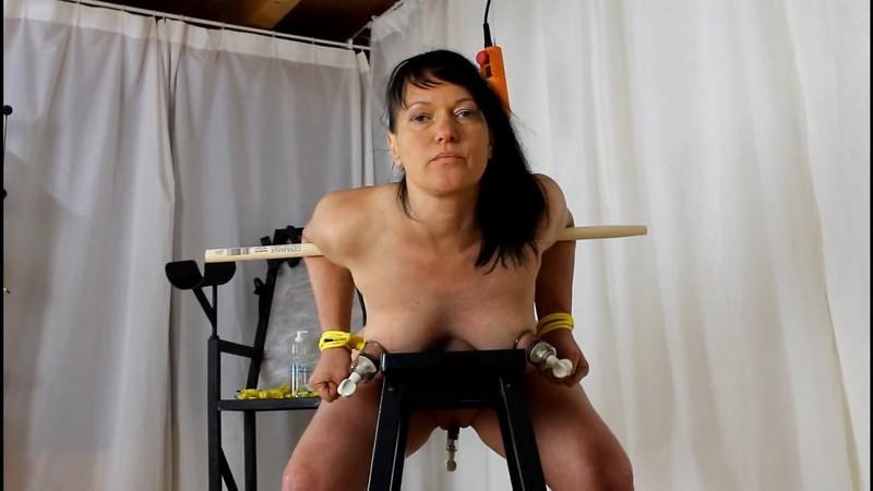 Doggystyle Bondage. Yvette-Xtreme.com (464 Mb)
