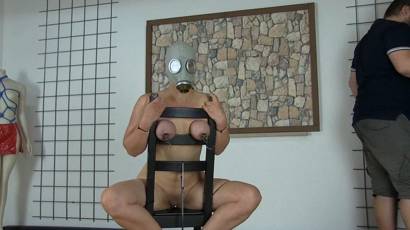 Gas Mask And Cable Ties. Yvette-Xtreme.com (489 Mb)