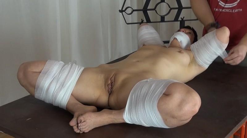 Gauze Bondage. Yvette-Xtreme.com (308 Mb)